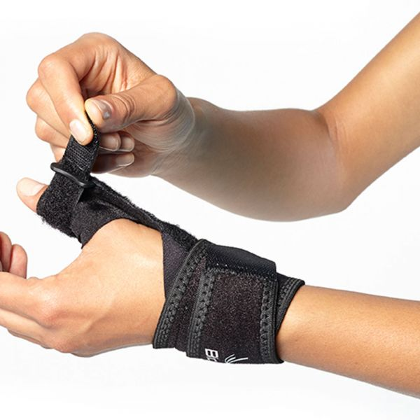 Comfortable thumb brace